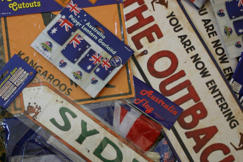Theme in a box australia day decoration ideas for Australia day decoration
