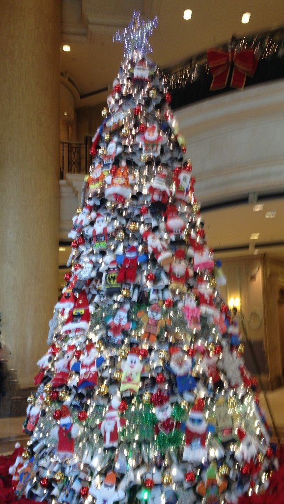 Recycled Materials Christmas Tree.Theme In A Box Christmas Tree Malaysian Style
